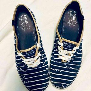 Keds Taylor Swift striped sneakers w/bows sz 7.5